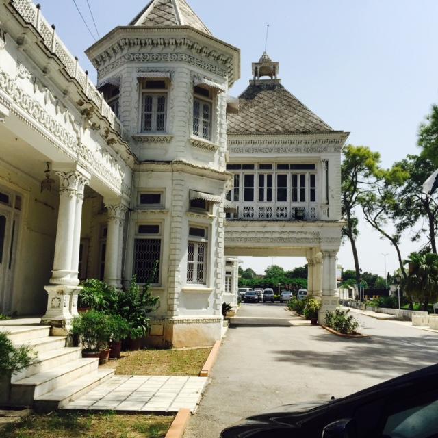 Rawalpindi: Fatima Jinnah Women's University – Qaisra Shahraz